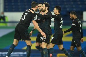 Man City khuất phục Everton, nâng cách biệt với MU lên thành 10 điểm
