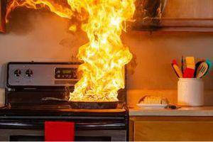 Lào Cai: Một ngôi nhà bị thiêu rụi do bất cẩn khi đun nấu