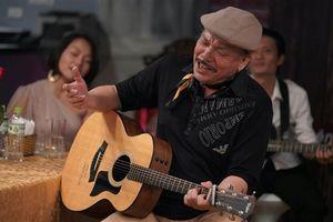Nhạc sĩ Trần Tiến - người đàn ông xù xì tuổi 70 khóc vì nhớ mẹ