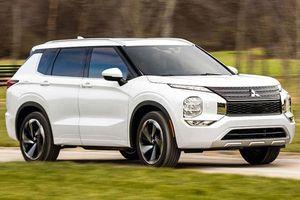 Mitsubishi Outlander 2022 sử dụng khung gầm, động cơ và phần mềm của Nissan X-Trail