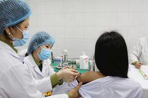 Thử nghiệm vắc-xin Covid-19 giai đoạn 2 tại Hà Nội và Long An