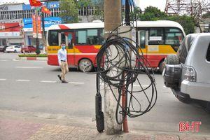 Xây dựng 5S, lưới điện ở TP Hà Tĩnh vẫn nhếch nhác