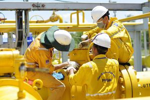 Nhóm cổ phiếu Dầu khí tiếp tục đà tăng giá