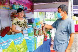 Sản xuất lúa gạo đáp ứng nhu cầu thị trường