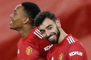 Fernandes cần danh hiệu để xứng tầm Cantona