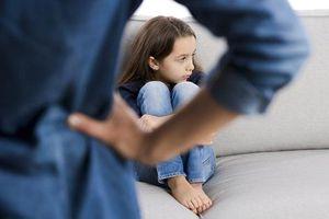 Những lời nói làm thui chột niềm tin và sự hồn nhiên của con trẻ