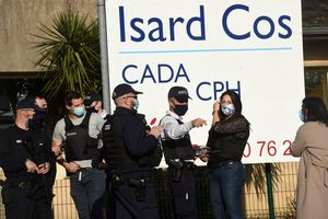 Người tị nạn đâm chết quan chức nhập cư Pháp sau khi hồ sơ bị từ chối