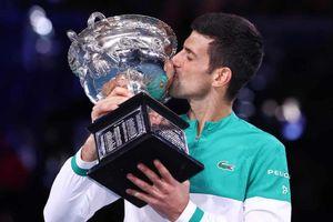 Thắng áp đảo Medvedev, Djokovic lần thứ chín đăng quang Australia mở rộng