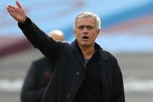 HLV David Moyes lần đầu thắng Mourinho, West Ham tiến vào top 4