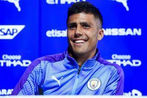 Rodri tiết lộ cuộc họp để đời giúp Man City 'đổi vận'