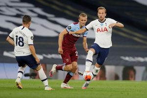 Trực tiếp West Ham vs Tottenham: David Moyes nắn gân Mourinho