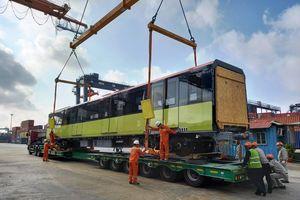 Đoàn tàu thứ ba tuyến metro Nhổn-ga Hà Nội đã về tới Việt Nam