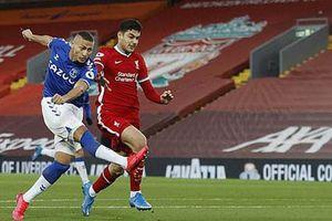 Thua trận thứ 4 liên tiếp ở Ngoại hạng Anh, nhà Liverpool 'giương cờ trắng' trong cuộc đua vô địch