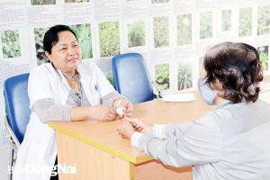 Trưởng trạm y tế được phong tặng Thầy thuốc ưu tú