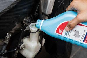 Nước làm mát ô tô được sử dụng như thế nào?