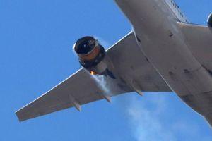 Cháy động cơ, máy bay Boeing 777 ở Mỹ chở 241 người phải hạ cánh khẩn cấp