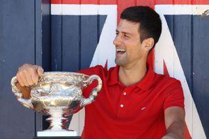 Djokovic chấm dứt 12 tháng khốn khổ