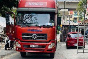 Hà Nội: Phạt 17 triệu đồng lái xe tải đi lùi trên đường Vành đai 3