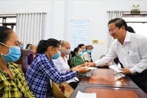 Cần Thơ cấp thẻ bảo hiểm y tế miễn phí cho 3.090 người nghèo, người dân tộc thiểu trong năm 2021