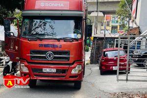Phạt 17 triệu đồng lái xe tải lùi trên đường Vành đai 3