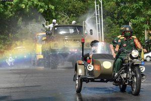 Quân đội phun khử khuẩn nhiều tuyến đường ở Hải Phòng từ ngày 23/2