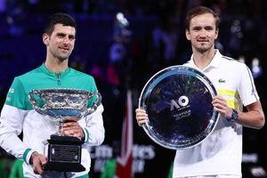 Bảng xếp hạng ATP tennis : Medvedev lập kỳ tích, lần đầu tiên lên số 3
