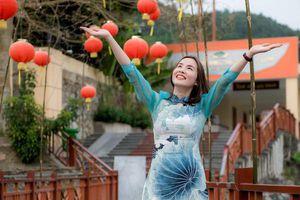 Hà Tĩnh: Hơn 1.000 tác phẩm dự thi 'Duyên dáng Áo dài qua ảnh'