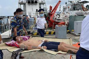 Kịp thời cấp cứu 2 ngư dân bị nạn khi đánh bắt cá trên biển