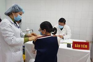 Vaccine Covid-19 tiến tới sẽ tiêm miễn phí mở rộng