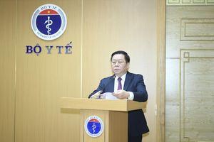 'Cán bộ ngành y tế không ngại hiểm nguy, xung phong đến tuyến đầu chống dịch'