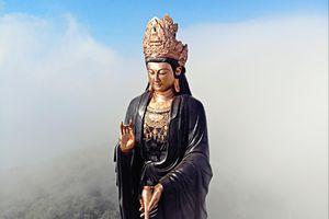 Loạt tượng Phật lớn, đạt kỷ lục ở Việt Nam