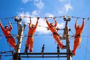 Điều chỉnh giá điện theo quý: Tại sao không?