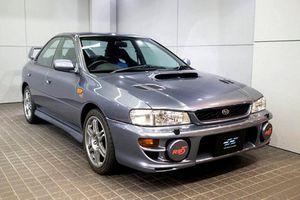 Subaru Impreza 1999 chạy 6.500km, chào bán 2,16 tỷ đồng