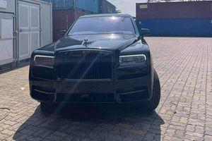 Cặp đôi SUV siêu sang Rolls-Royce Cullinan hơn 80 tỷ về Việt Nam
