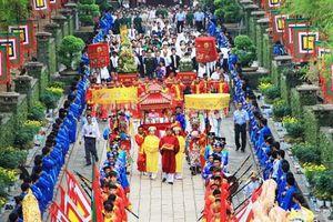 Không tổ chức các hoạt động phần Hội tại Lễ hội Đền Hùng