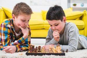Cờ vua giúp trẻ bớt e ngại rủi ro
