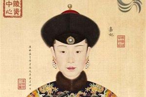 Ngắm nhan sắc 11 người vợ của vua Càn Long khiến người đương thời, ai xem lén sẽ mất mạng
