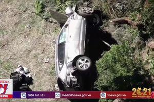 Tiger Woods gặp tai nạn xe hơi