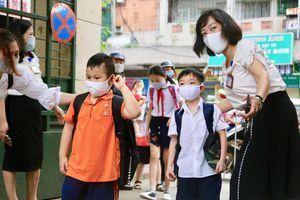 Đề xuất học sinh Hà Nội trở lại trường từ đầu tháng 3/2021