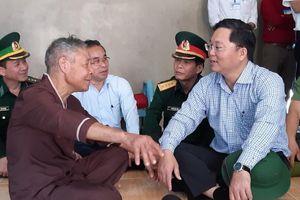 Dựng nhà mới cho đồng bào vùng thiên tai Quảng Nam trước mùa mưa bão