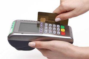 Ông Tây rơi ví có thẻ tín dụng, bị 'quẹt' mất hơn 200 triệu