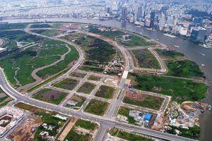 TP.HCM cần thận trọng khi đấu giá đất hai bên đường làm dự án