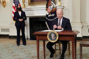 Ông Biden lật ngược lệnh cấm nhập cảnh thời Trump