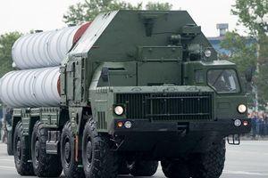 Xe chở tên lửa S-400 gây tai nạn liên hoàn trên cao tốc ở Nga