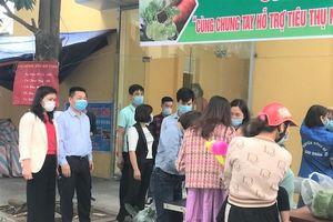 Hỗ trợ nông dân Hải Dương, Mê Linh tiêu thụ hàng chục tấn nông sản