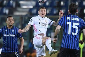 Hậu vệ ghi bàn, Real Madrid thoát hiểm trước 'bẫy rập' Atalanta