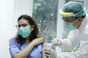 Indonesia triển khai tiêm vaccine cho trên 5.000 nhà báo