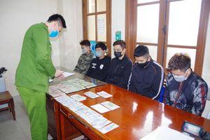 Thái Nguyên: Bắt nhóm đối tượng 9X đánh liêng ăn tiền trong quán cafe