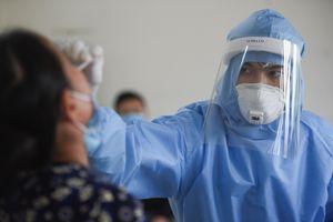 Người phụ nữ nhập cảnh trái phép dương tính với SARS-CoV-2