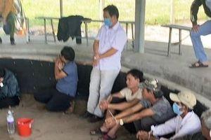 Bình Định: Triệt phá trường gà 'di động' có nhiều đối tượng cảnh giới